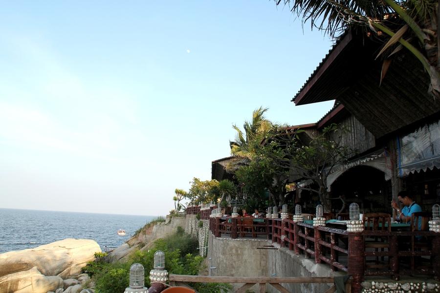 Ресторан на горе обезьян