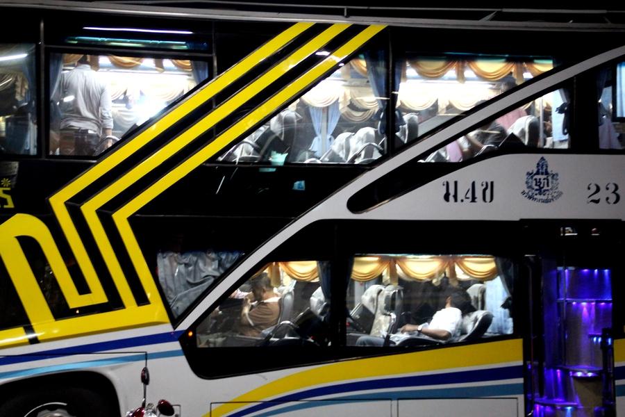 Автобус Нонг Кхай - Бангкок. S.Class