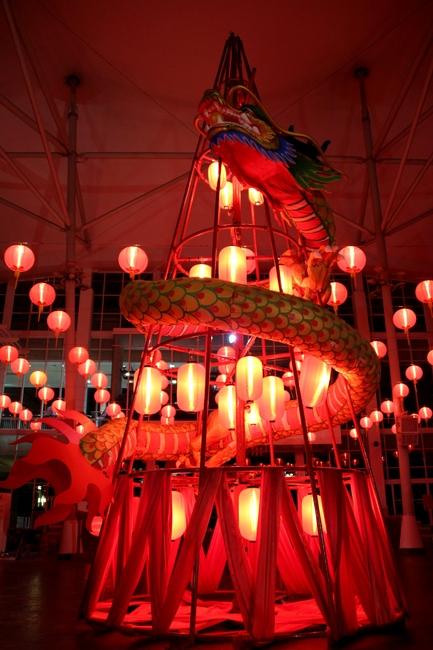 Елка с Драконом. Китайский Новый Год