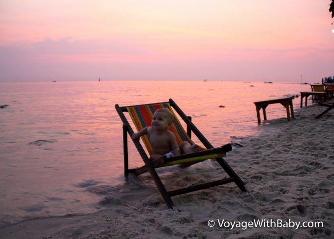 Рассвет на пляже в Хуа Хине