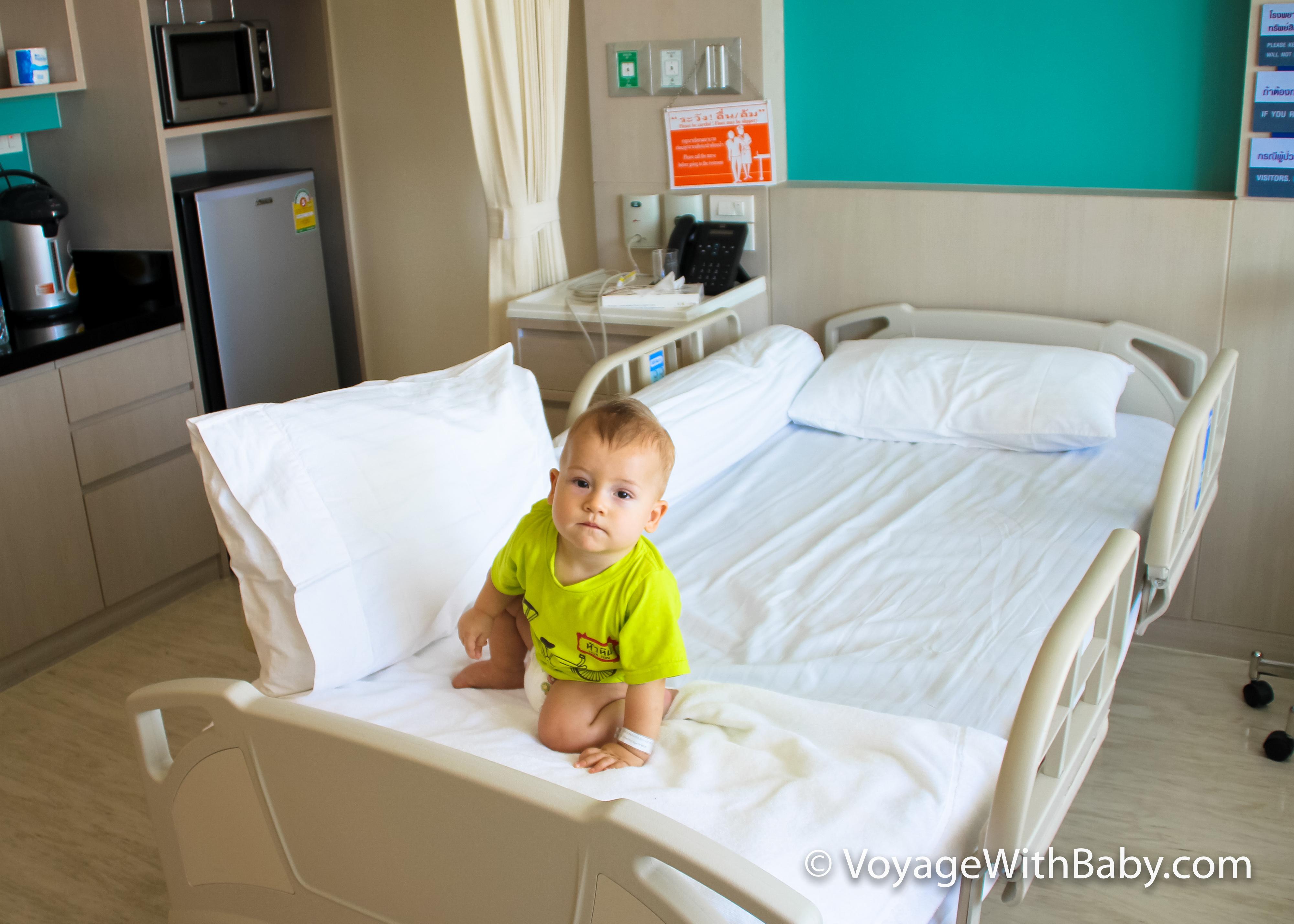 ребенок в Bangkok Hospital