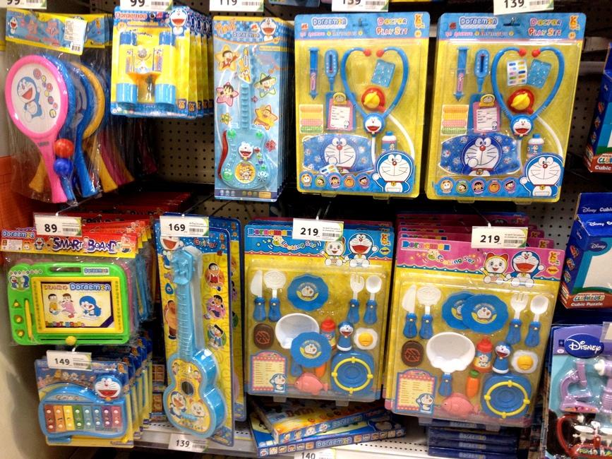 Игрушки для ребенка в Таиланде