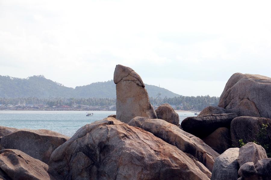 "Камень ""Дедушка"" на Самуи около пляжа Lamai"