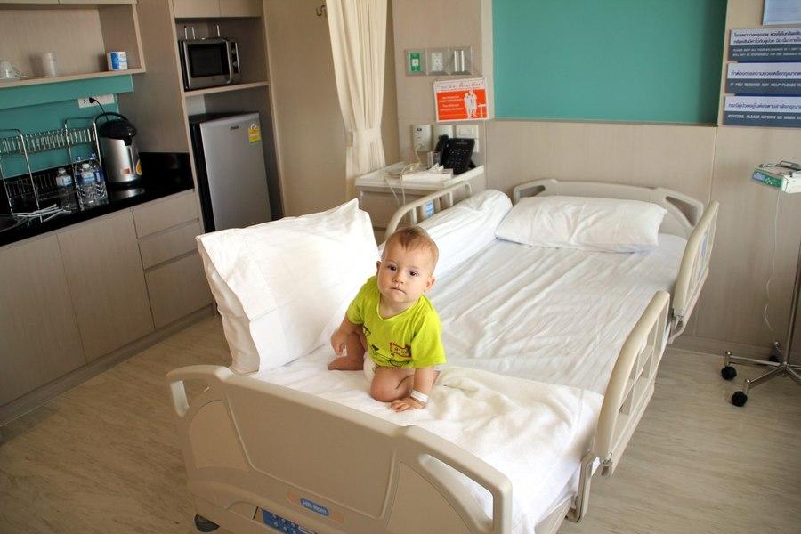 Ребенок заболел в Таиланде