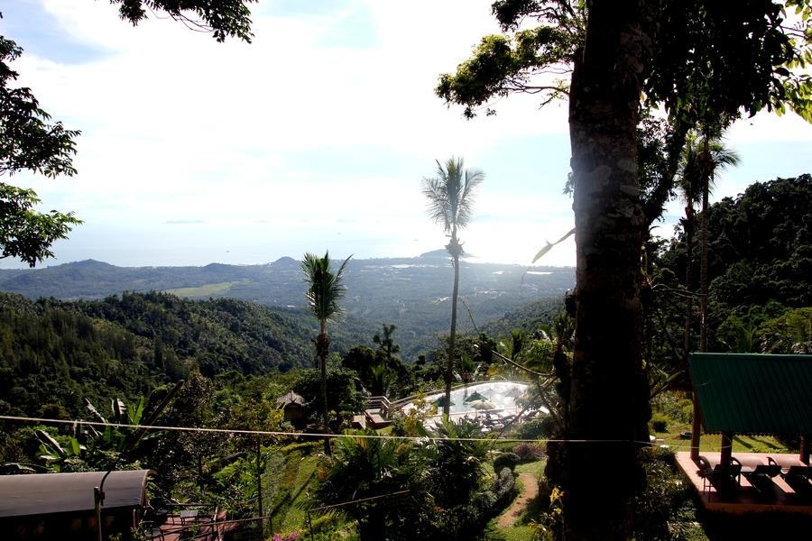 Вид с Paradise Park Farm на остров Самуи
