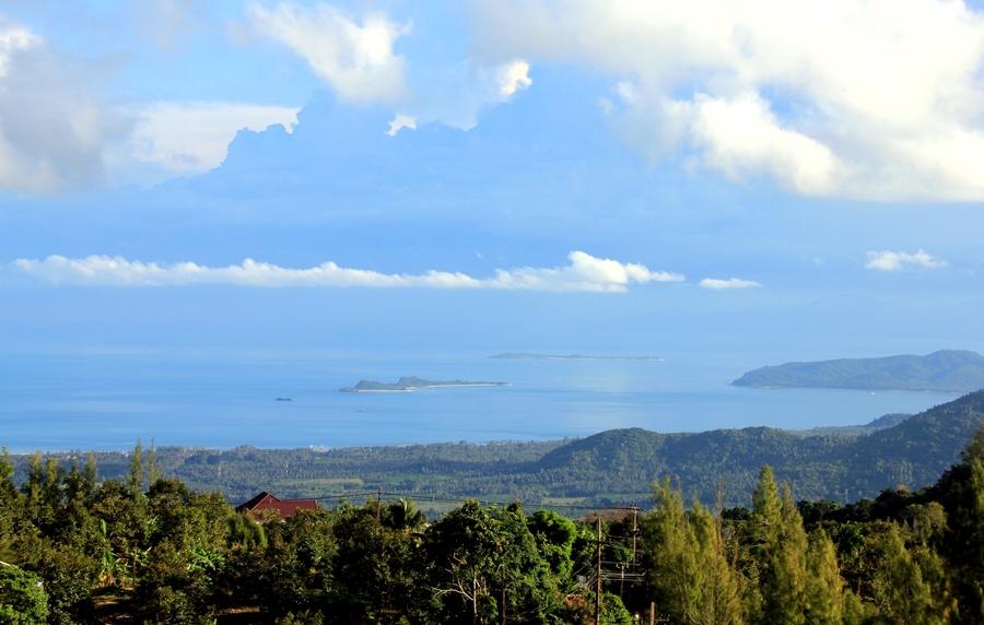 Вид на остров Самуи с горы