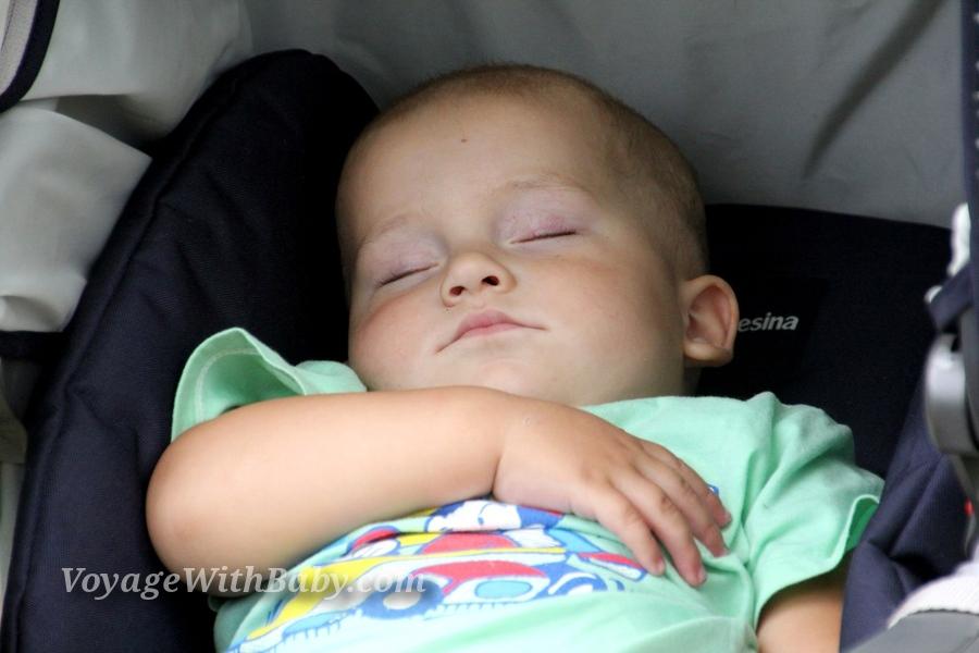 Мой сынуля спит :)
