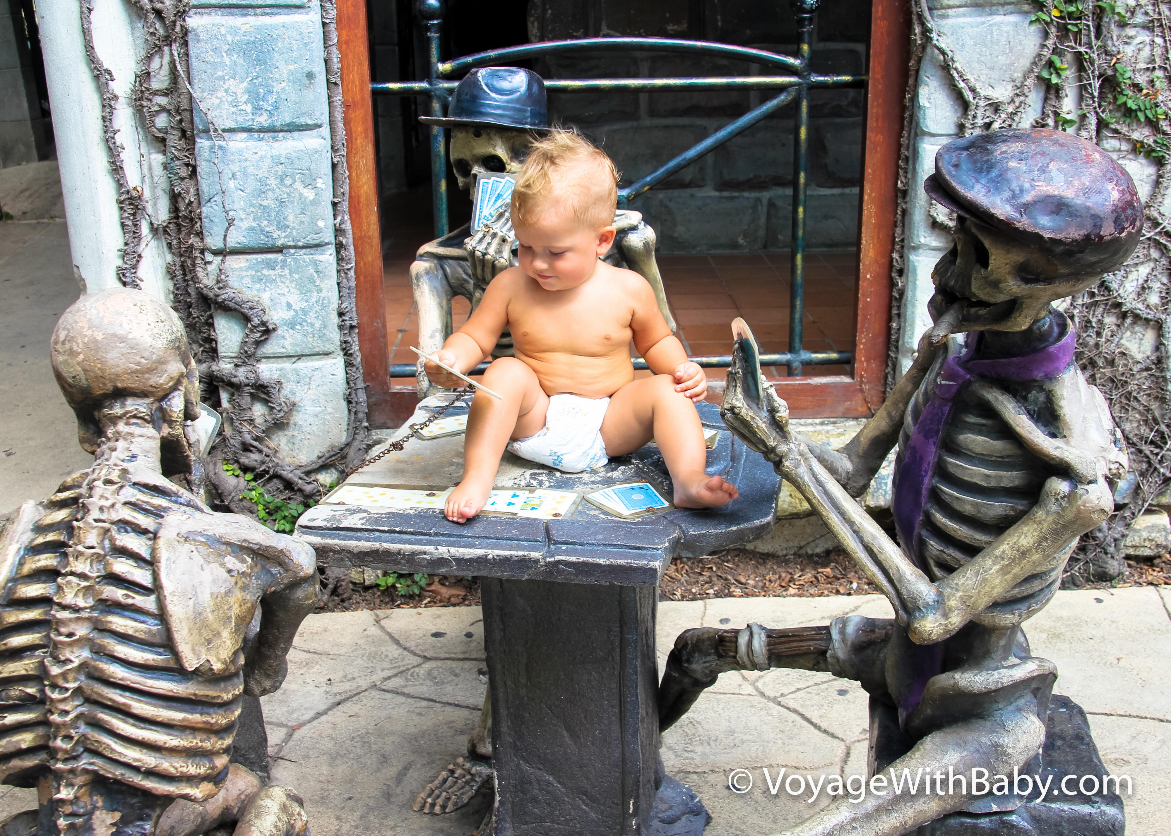 Dream World в Бангкоке с маленьким ребенком
