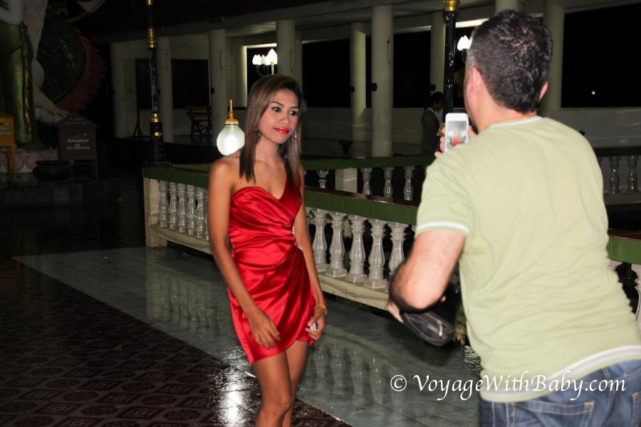 Тайка в красном платье