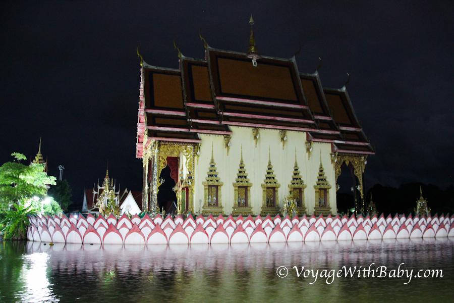 Храм Ват Плай Лаем (Wat Plai Laem) на острове Самуи
