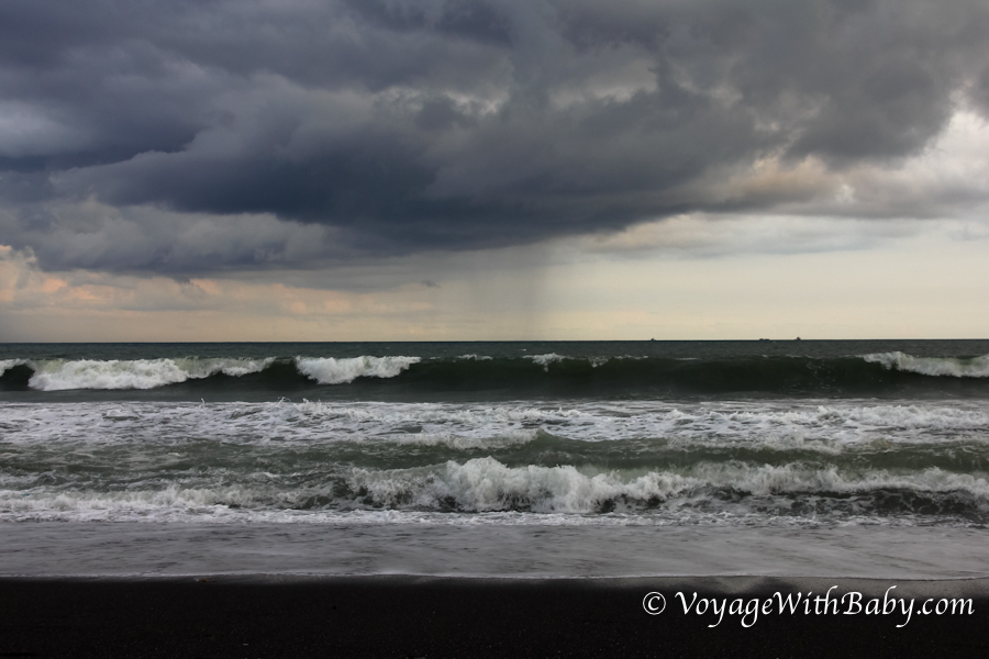Большие волны на Бали