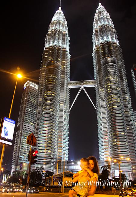 Мама с ребенком в Куала Лумпуре