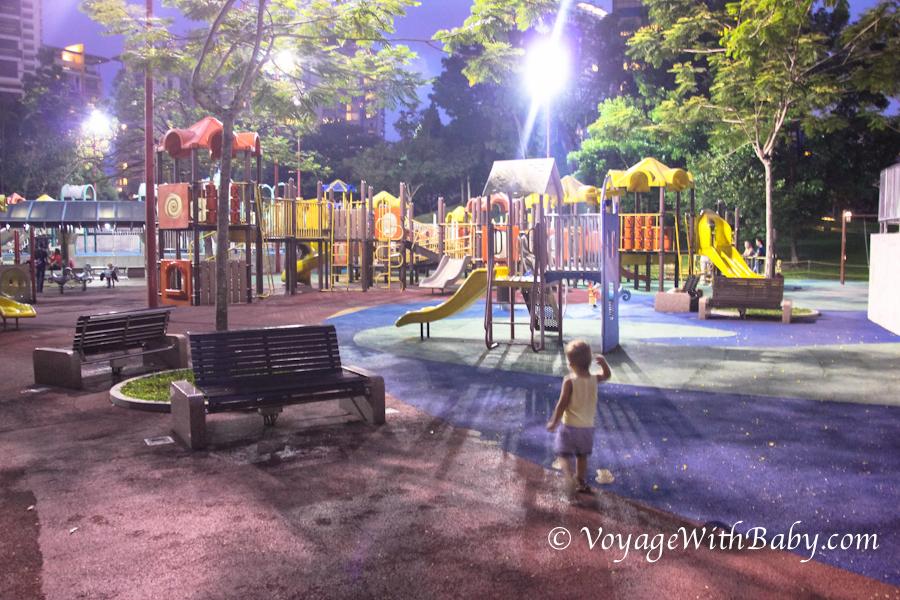 Детская площадка в центральном парке Куала Лумпура