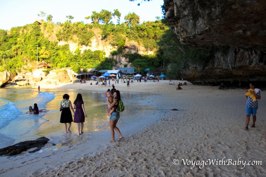 Пляж Паданг-Паданг (Padang-Padang Beach) на Бали