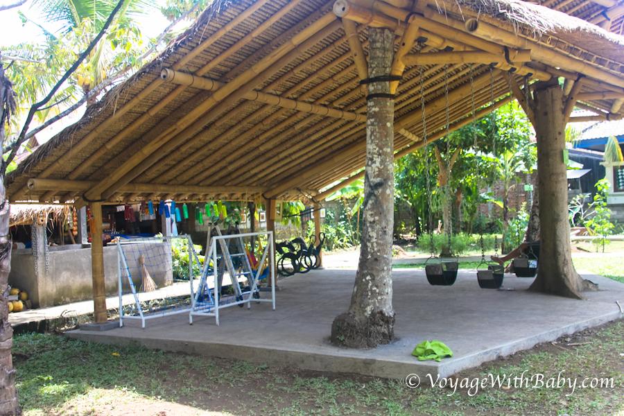 Tamanak -  детская игровая площадка в Убуде (район Sayan)