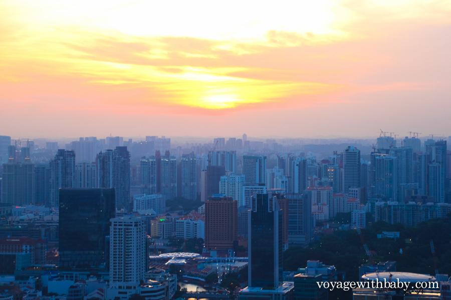 Закат в Сингапуре вид со СкайПарка