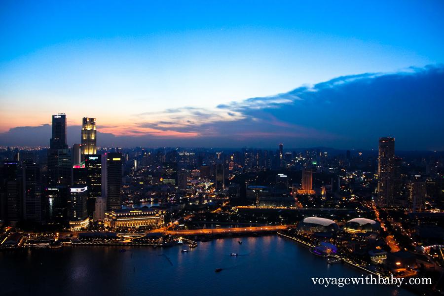 Сингапур после заката