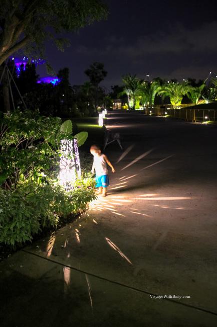 Прогулка с ребенком по парку Марина Сити - Gardens by the Bay