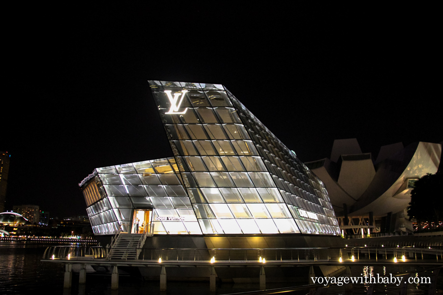 Магазин Louis Vuitton в Сингапуре