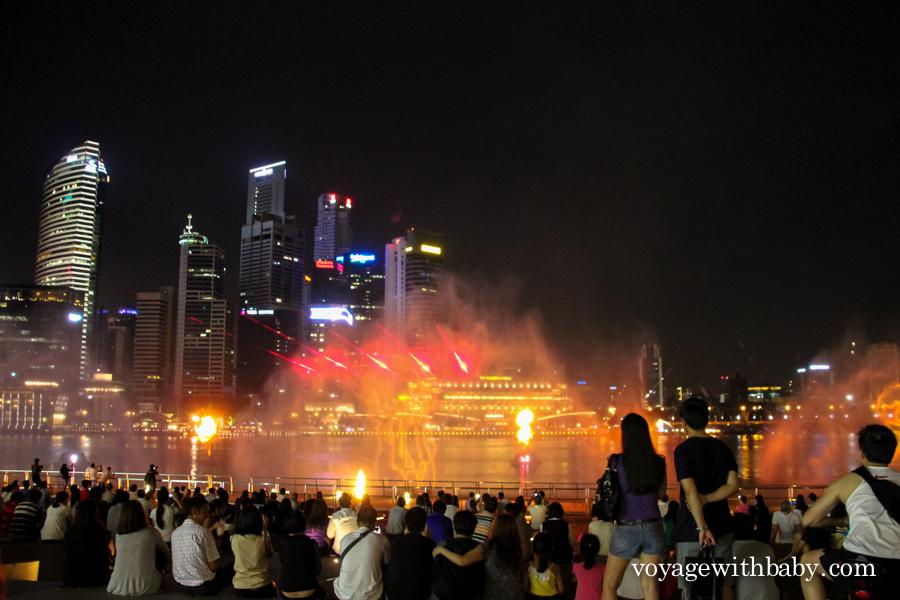 Шоу фонтанов в Сингапуре