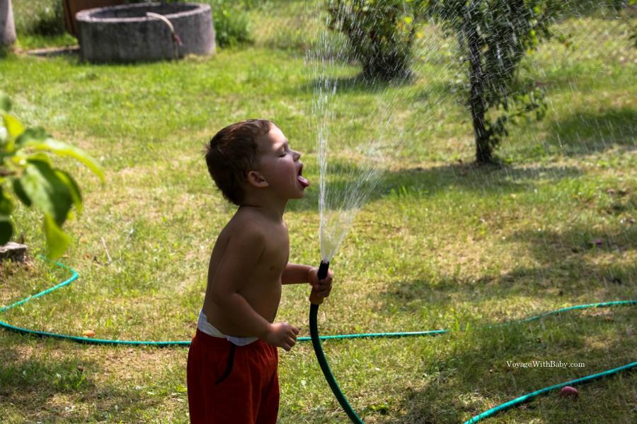 Как поить ребенка в 2 года
