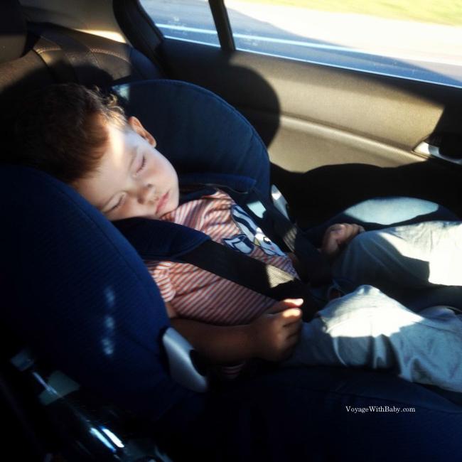 Сон в автокресле