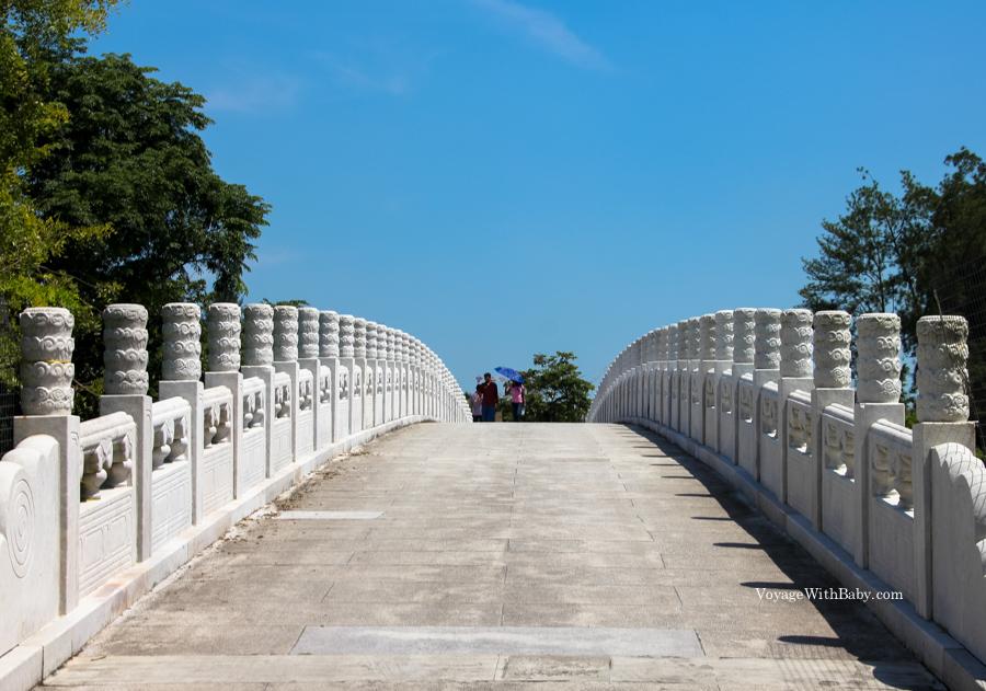 Китайский и японский сады в Сингапуре - Мост