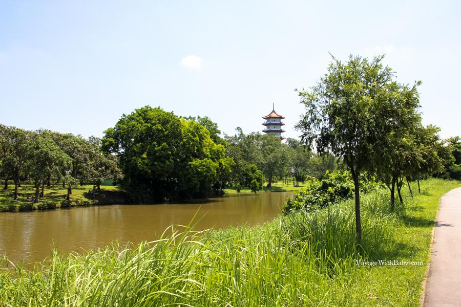 7ми этажная пагода в Китайском саду в Сингапуре
