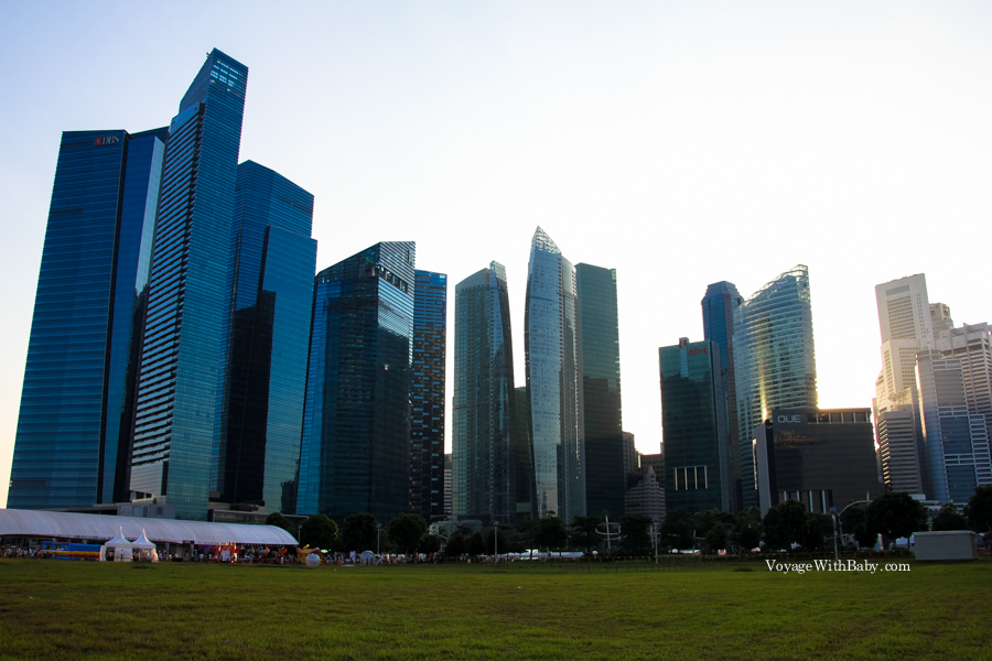 Небоскребы в Сингапуре на закате