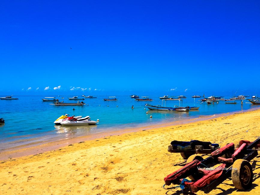 Пляж Санур на острове Бали днем