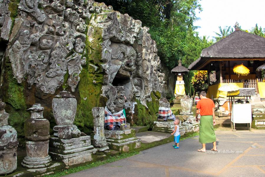 Вход в пещеру Гоа Гаджа в Убуде
