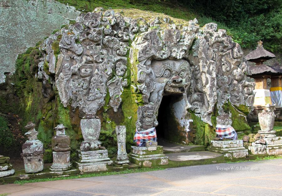 Слоновья пещера Гоа Гаджа на Бали