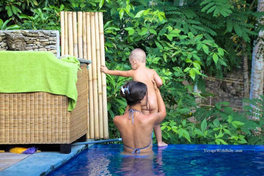 С маленьким ребенком на острове Бали