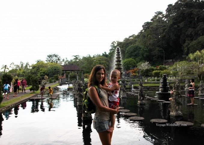 Водный дворец Тиртаганга (Tirta Gangga water palace)