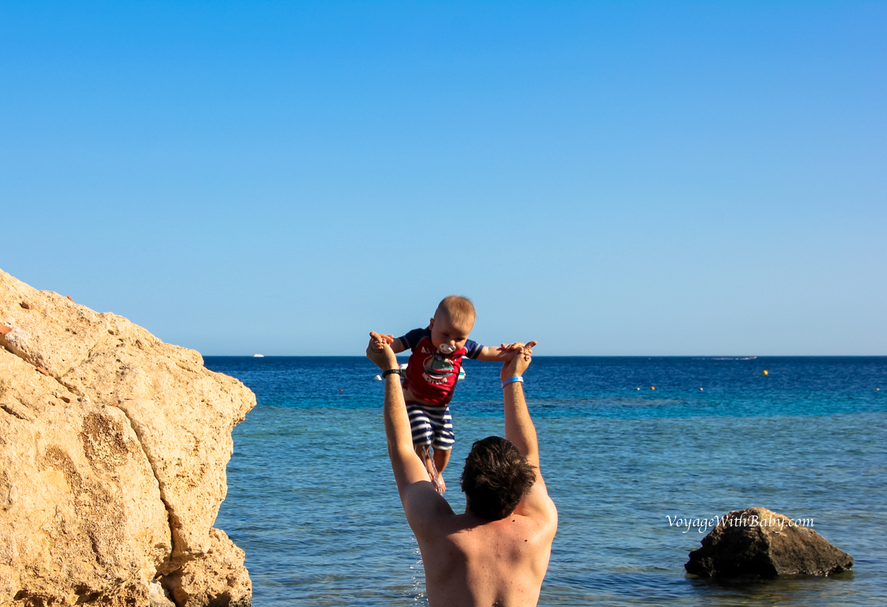 Красное море с грудным ребенком