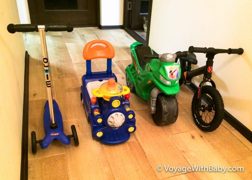 Транспорт ребенку в 1-2 года