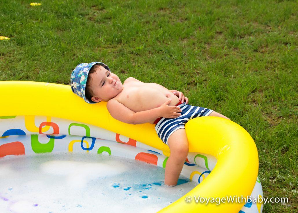 Отдых на бассейне